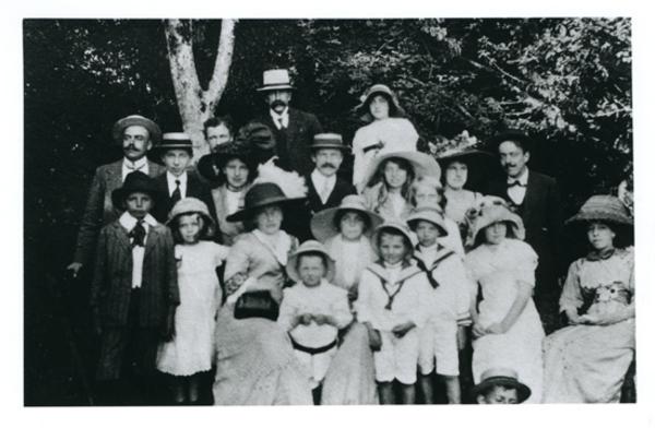 Resultado de imagen de familia   urmeneta