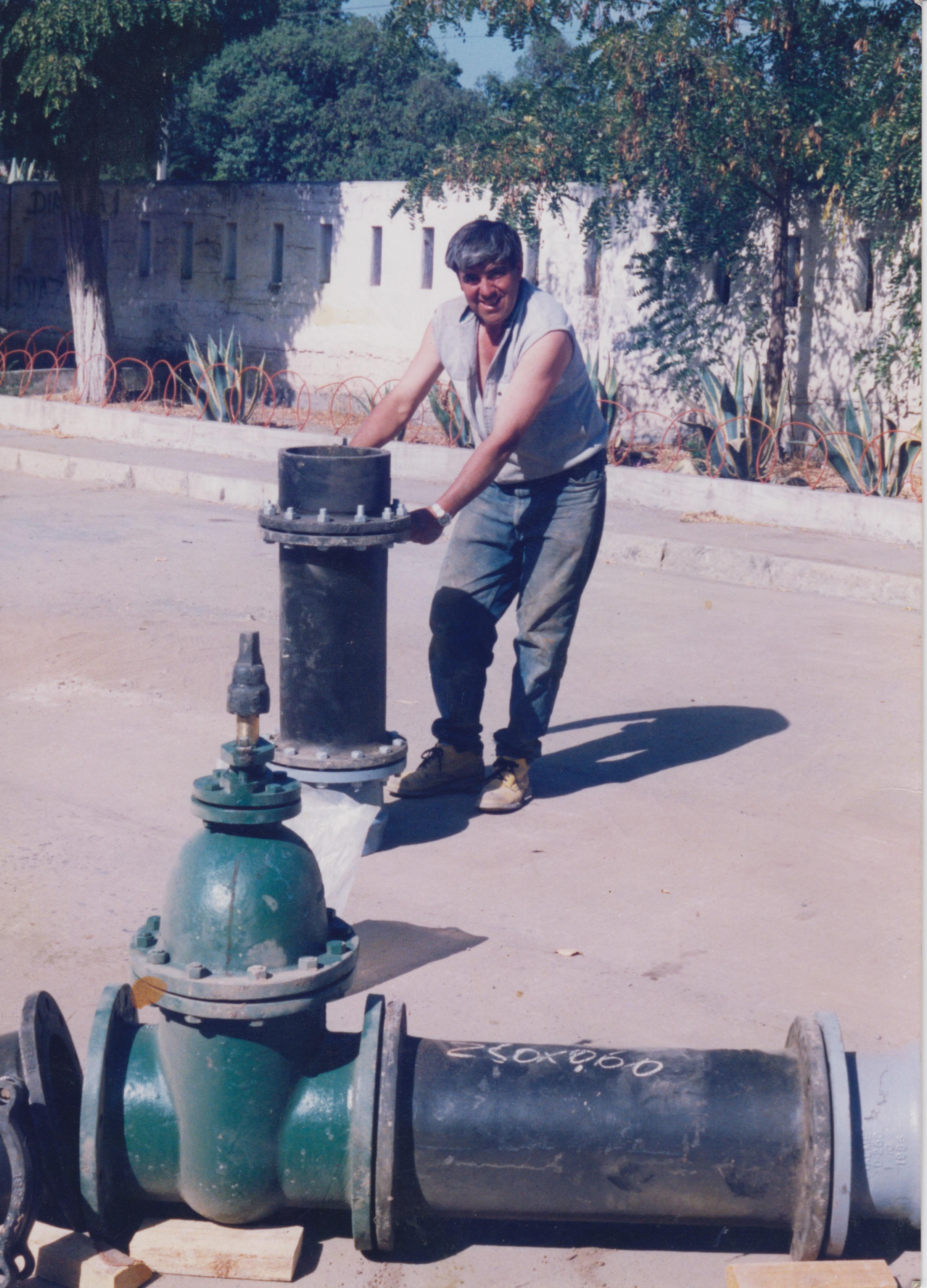 Memorias del siglo xx chile dibam for Tambores para agua potable